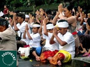 Indonesië reizen - Bali - Purificatieceremonie in Ubud